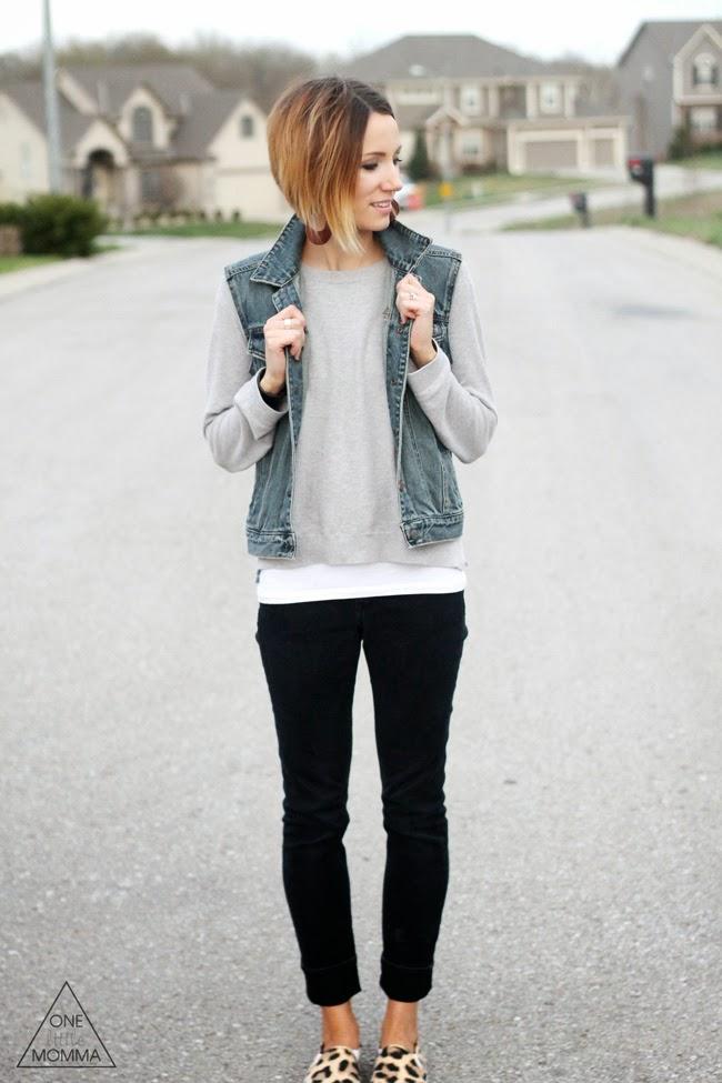 gray-tee-black-jeans-leopard-sneakers3