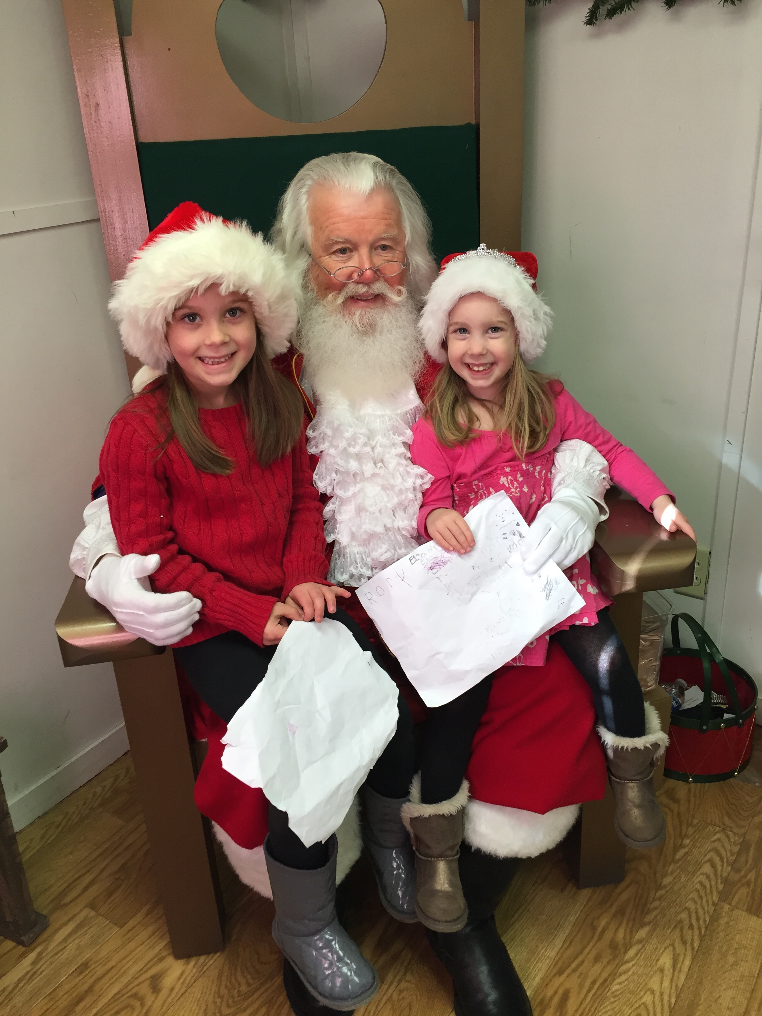 Santa Claus is Coming to Town :: Marietta Square