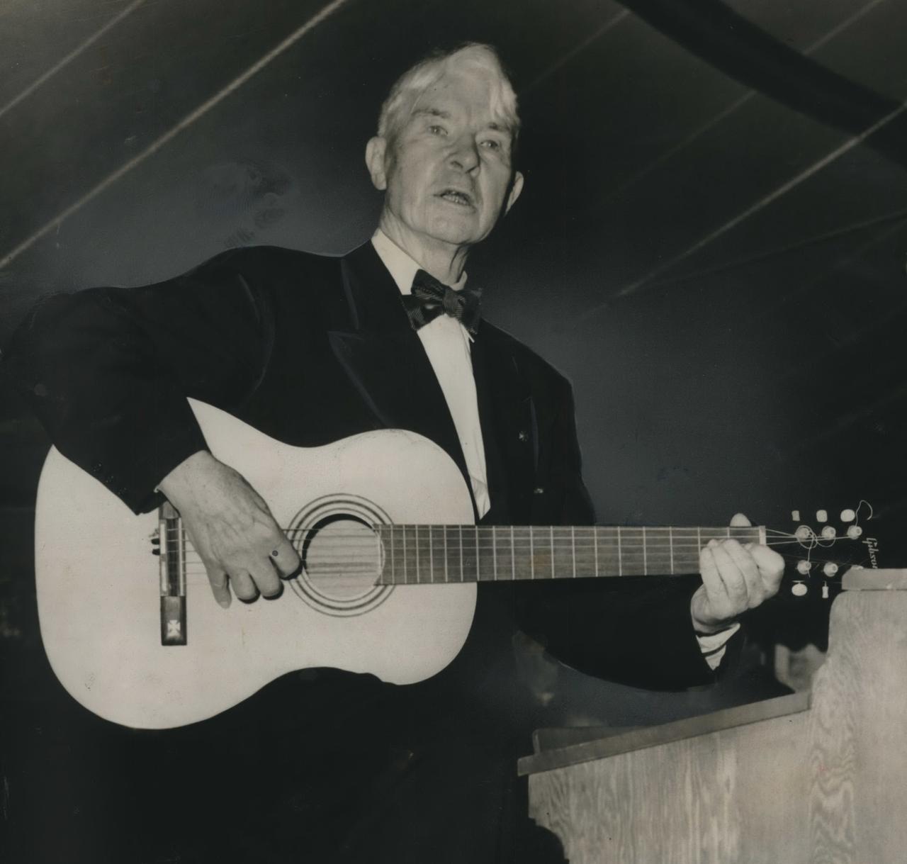 Carl Sandburg (1925-1926)