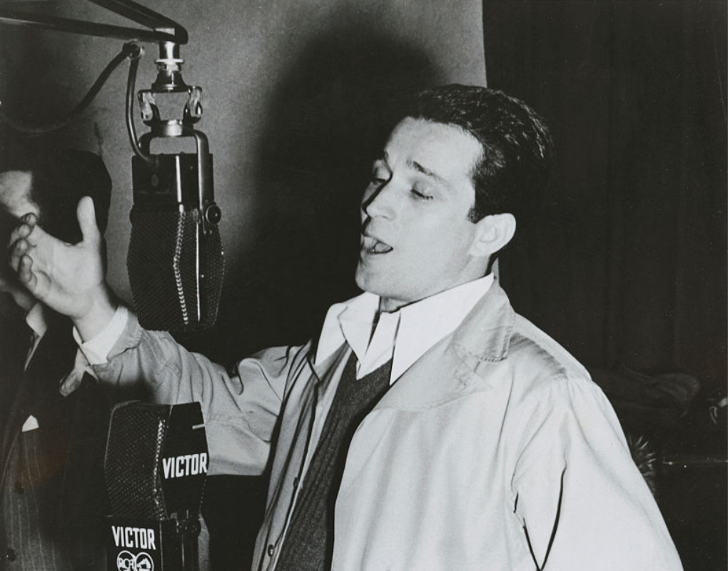 Perry Como (1943-1945)