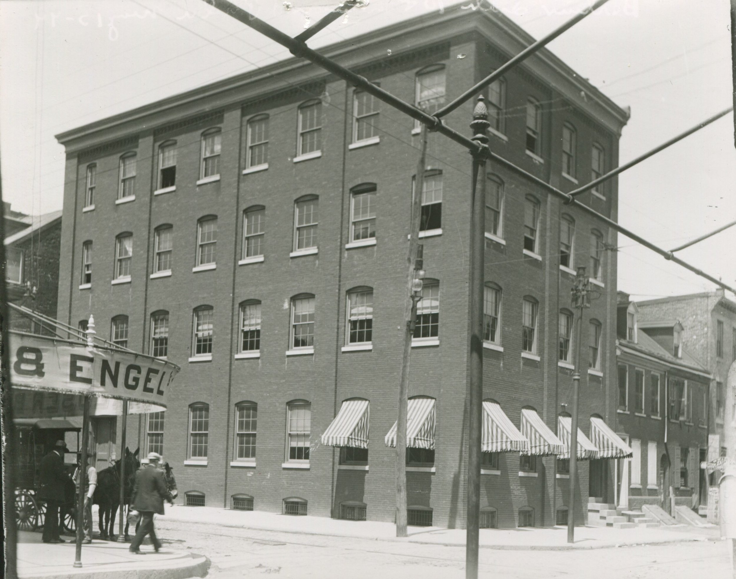 10th and Lombard, original structure