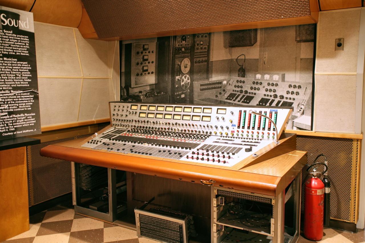 RCAStudioB_Console.jpg