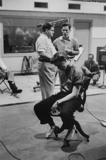 Stephen Sholes, Chet Atkins, Elvis Presley, 1956
