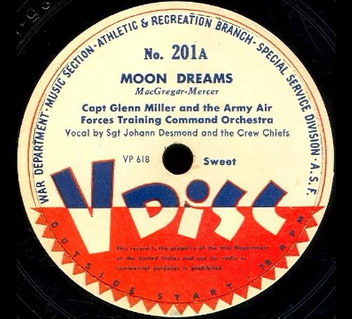 Moon_Dreams_Glenn_Miller_V_Disc_1944.jpg