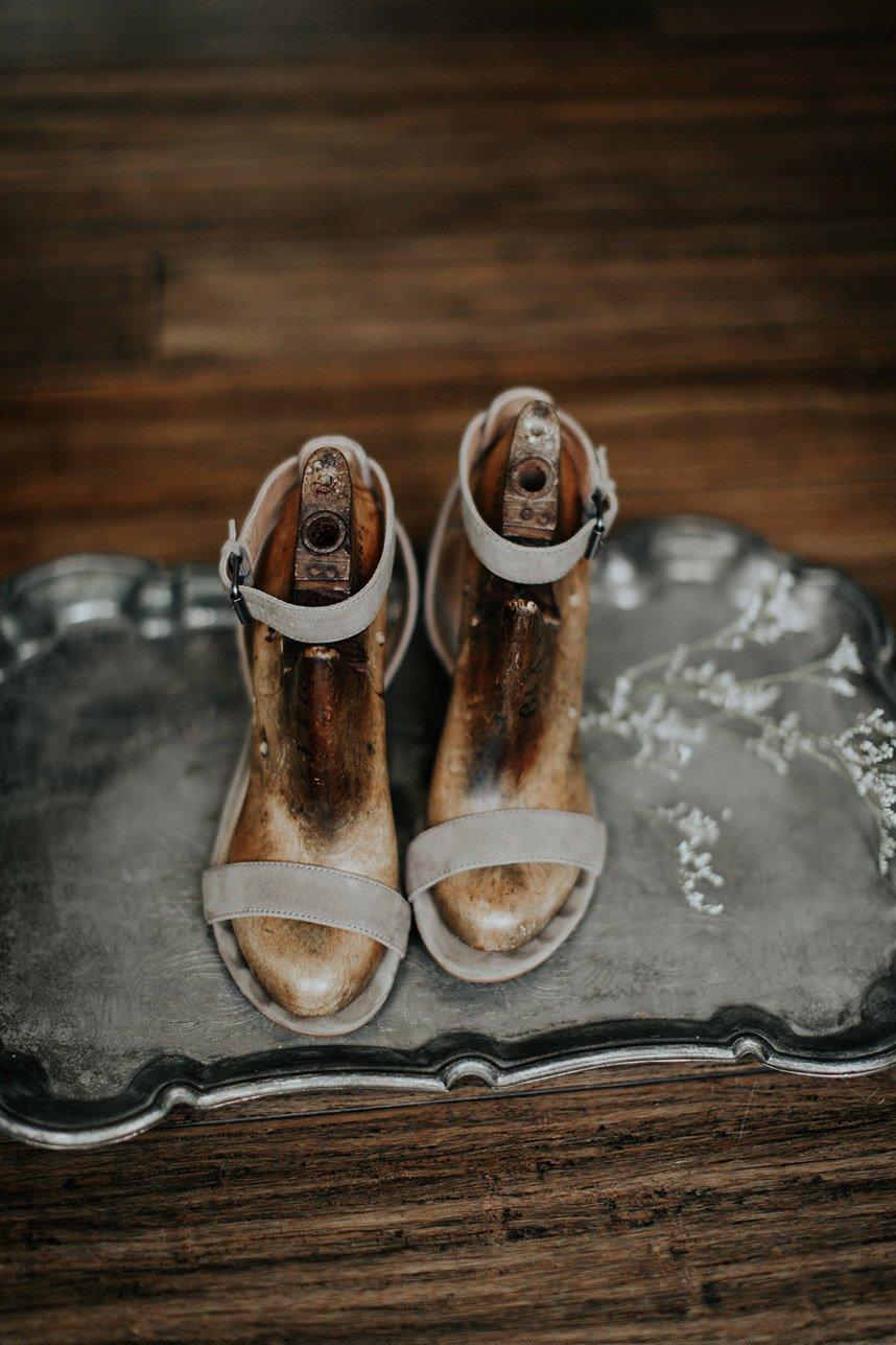 Modern-Simplicity-Styled-Shoot-Oklahoma-Wedding-Planner-Linen-Rust-Event-Design-Oklahoma-Wedding-Photographer-Ripperton-Films-10.jpg