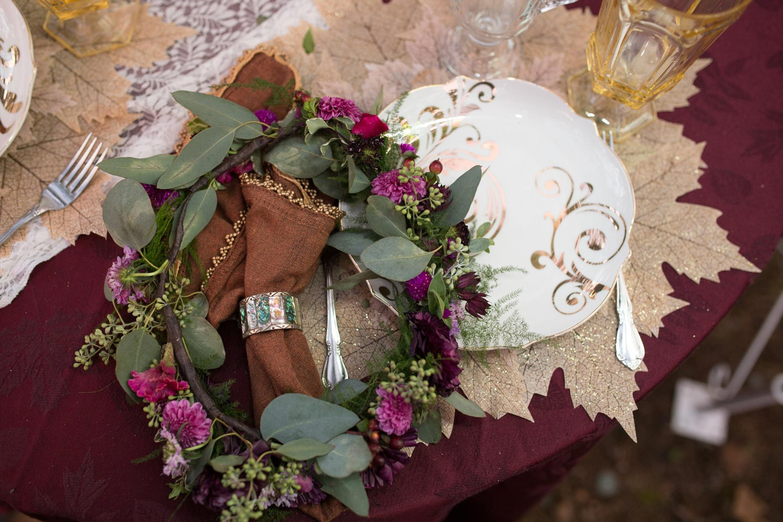 Rustic-Whimsical-Wedding- Tulsa-Wedding-FloristRobyns-Flower-Garden_Mallory-Hall-Photography09.jpg