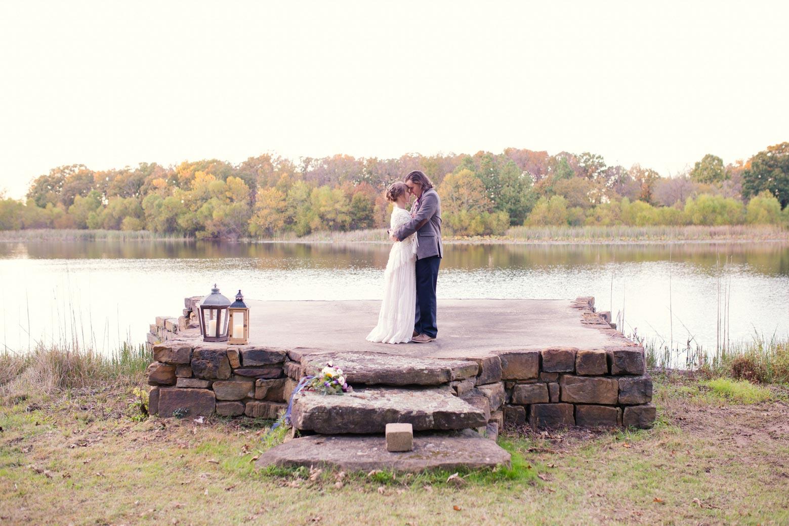 Rustic-Whimsical-Wedding- Tulsa-Wedding-FloristRobyns-Flower-Garden_Mallory-Hall-Photography17.jpg