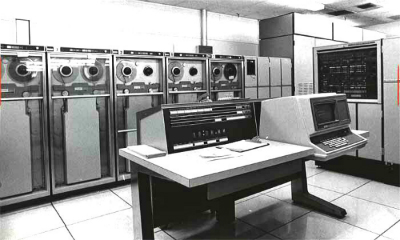 Univac Mainframe History of Email