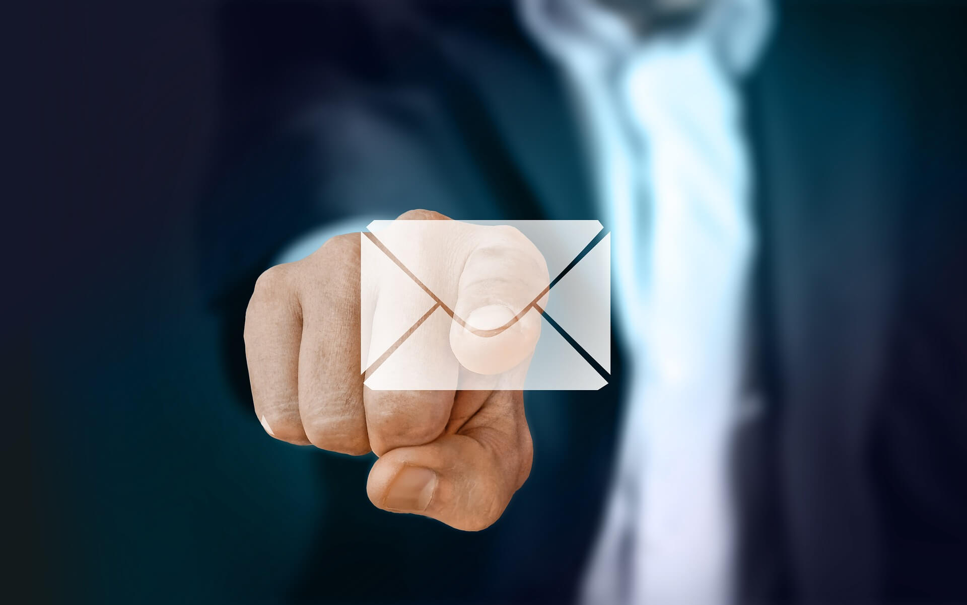 4 Reasons to Send an Email -