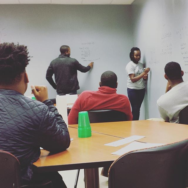 How do you perform under pressure? Get ready for your time to shine at the white board in your next interview with #BlackMenCode #goodmorning #grind #whiteboard #tech #startups #startup #entrepreneur #entrpreneurship #google #SurveyMonkey