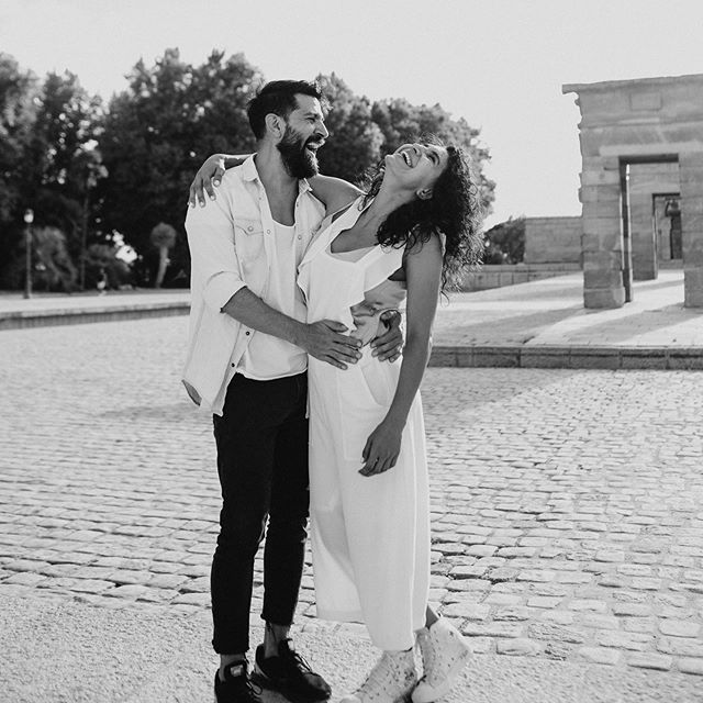 Olé ! What amazing time with these two in Madrid 🇪🇸 ... . . . . . #destinationweddingphotographers #ontariobrides #torontoweddingphotographer #junebugweddings #dietybootsandmessyhair #blackandwhiteisworththefight #madridweddingphotographer #radlovestories #radlovestory #howheasked #loveandwildhearts #madrid #madridfotografo #