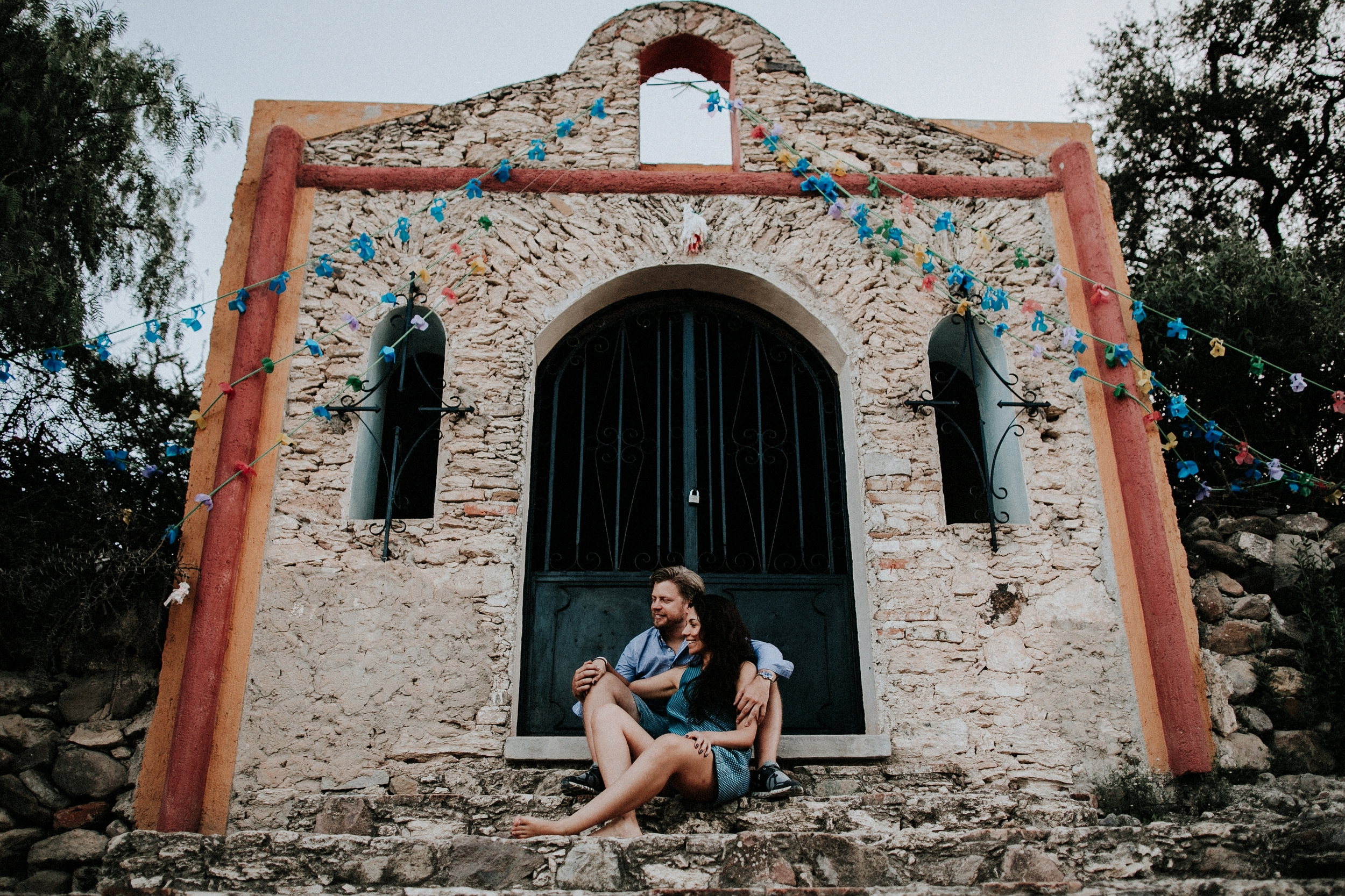 alfonso_flores_destination_wedding_photographer_san_miguel_de_allende_pena_de_bernal53.jpg