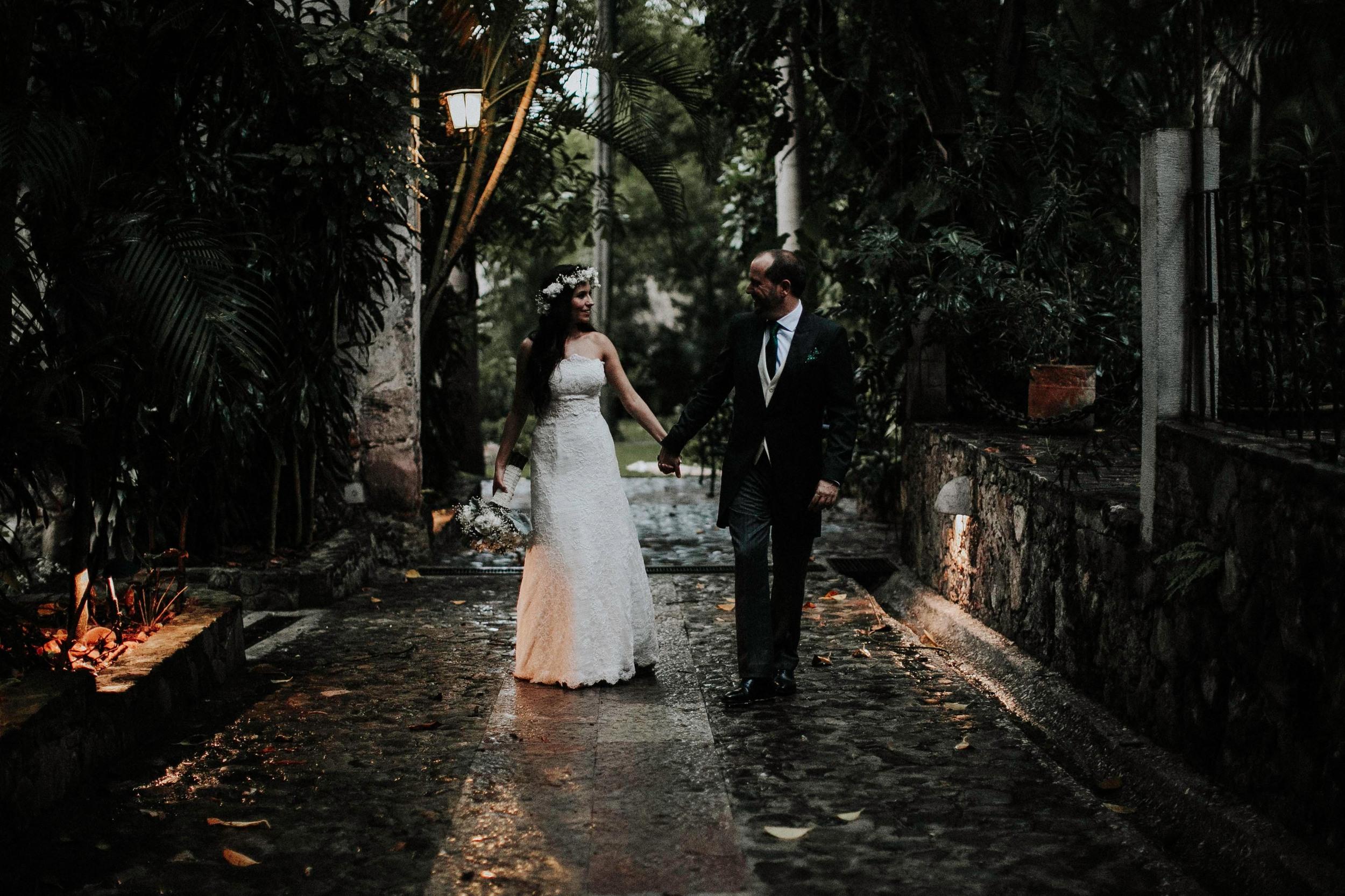 DJ8A9088-Editaralfonso_flores_destination_wedding_photographer_San_gabriel_de_las_palmas.jpg