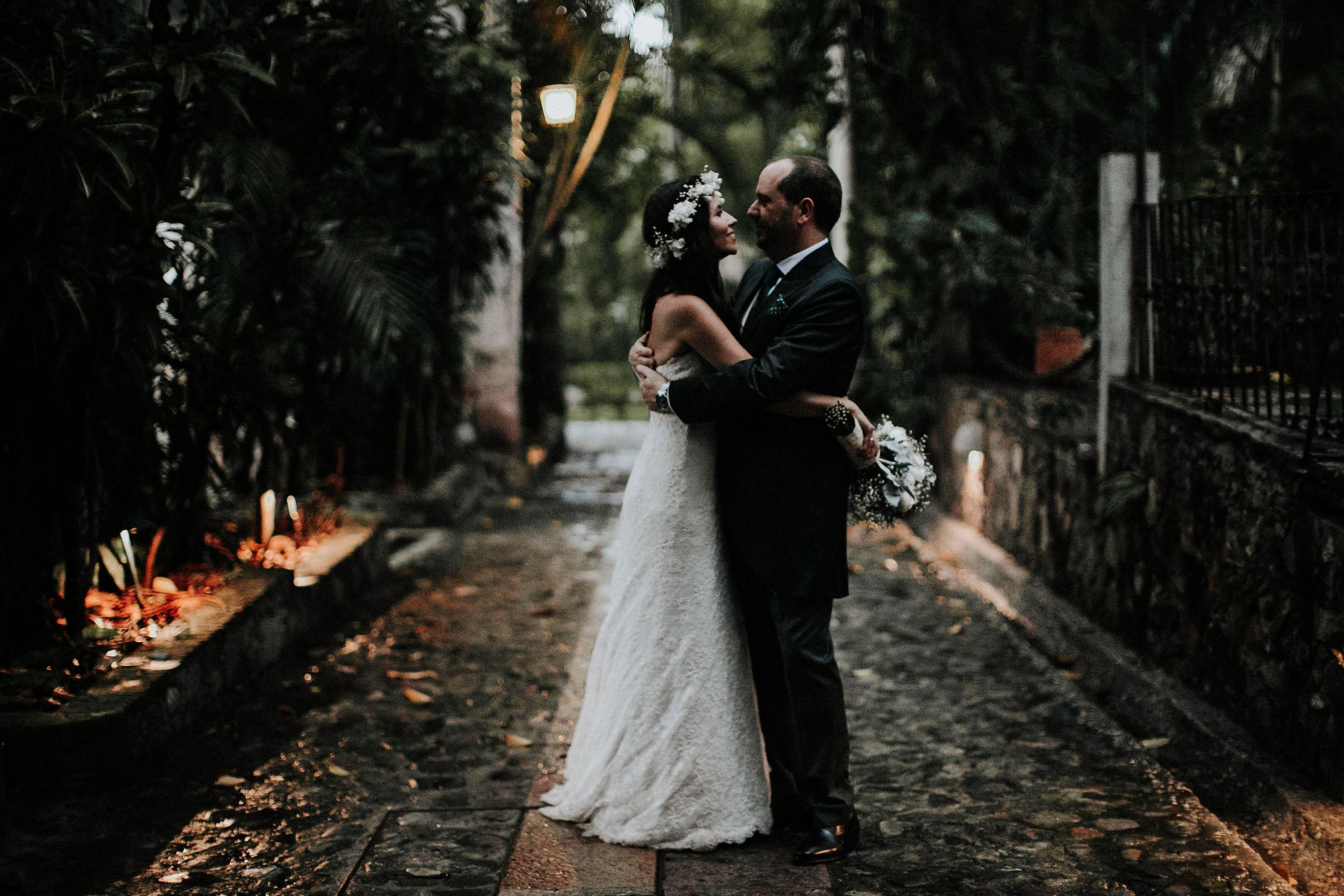 DJ8A9104-Editar-2alfonso_flores_destination_wedding_photographer_San_gabriel_de_las_palmas.jpg
