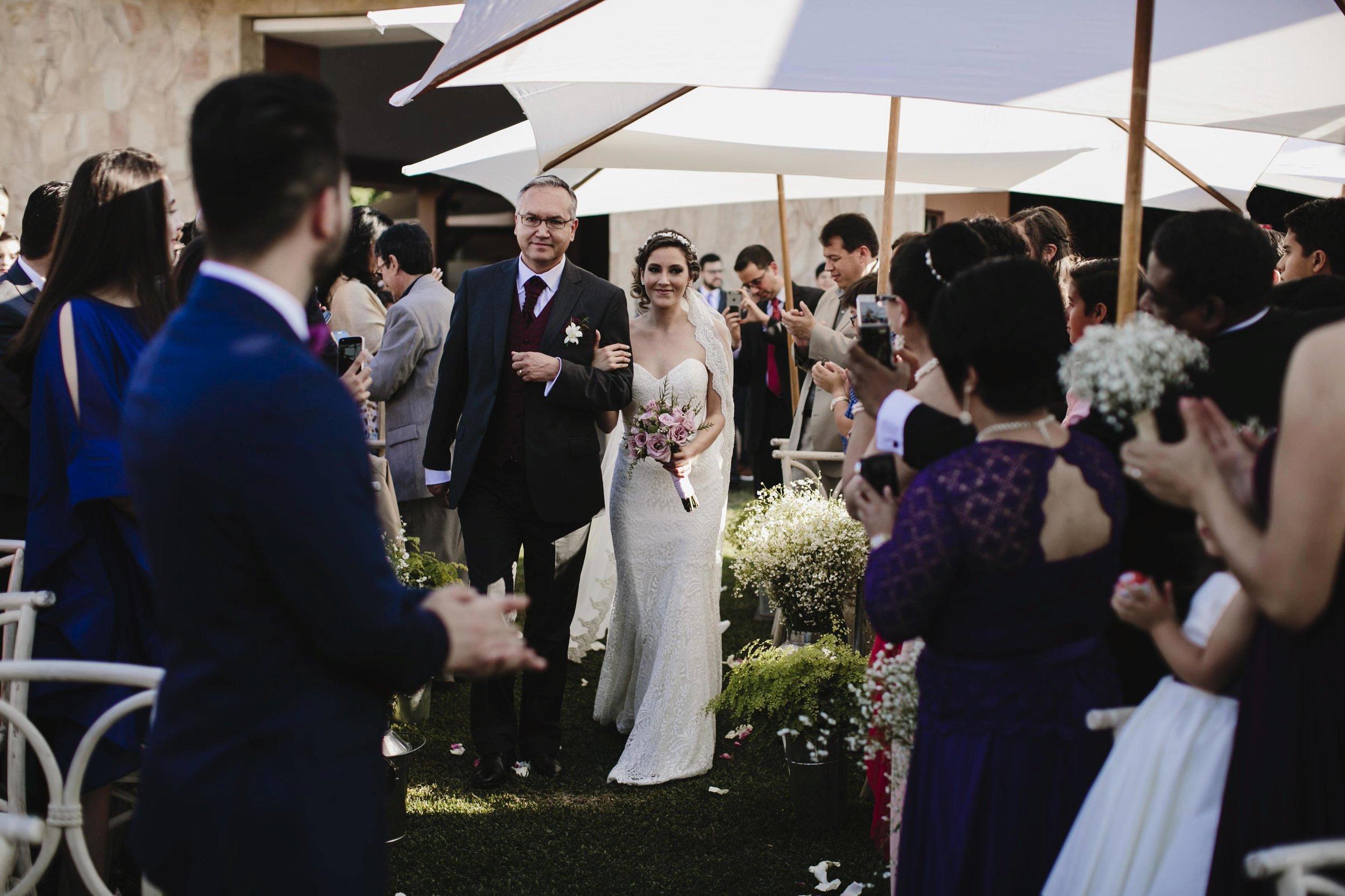 alfonso_flores_destination_wedding_photography_jardin_amarello_cuernavaca75.jpg