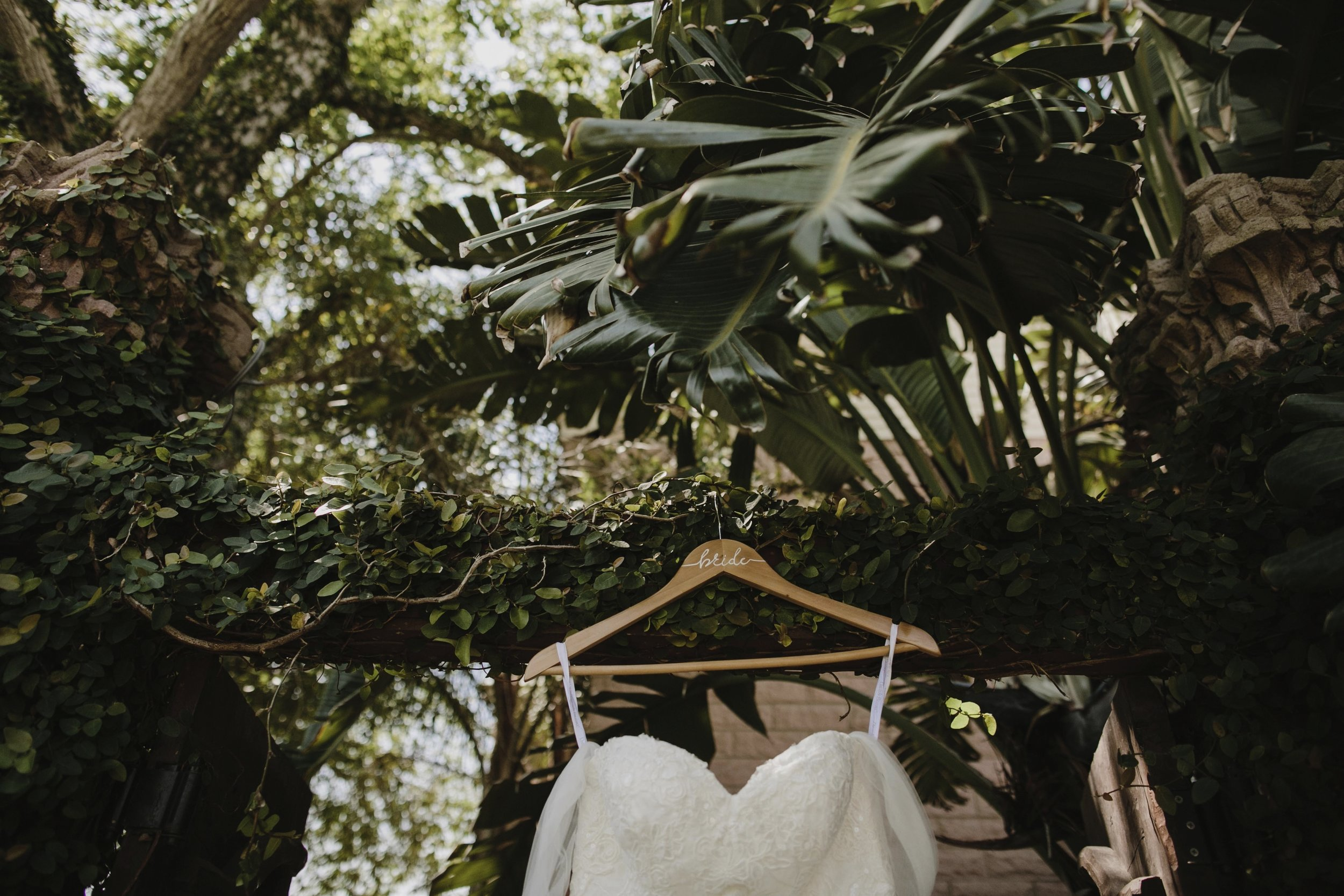 alfonso_flores_destination_wedding_photography_rancho_la_pergola_brownsville_texas4.jpg