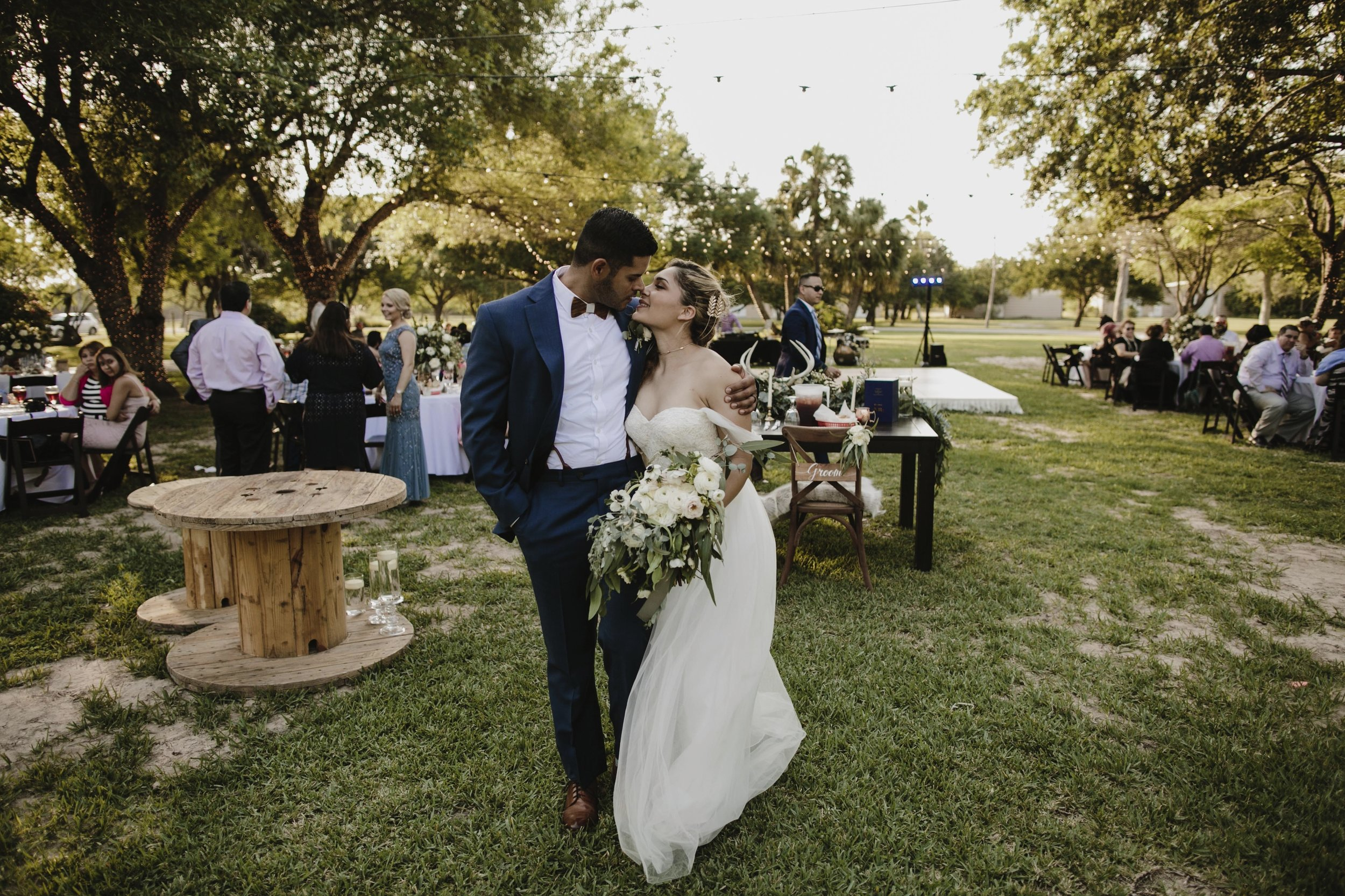 alfonso_flores_destination_wedding_photography_rancho_la_pergola_brownsville_texas49.jpg