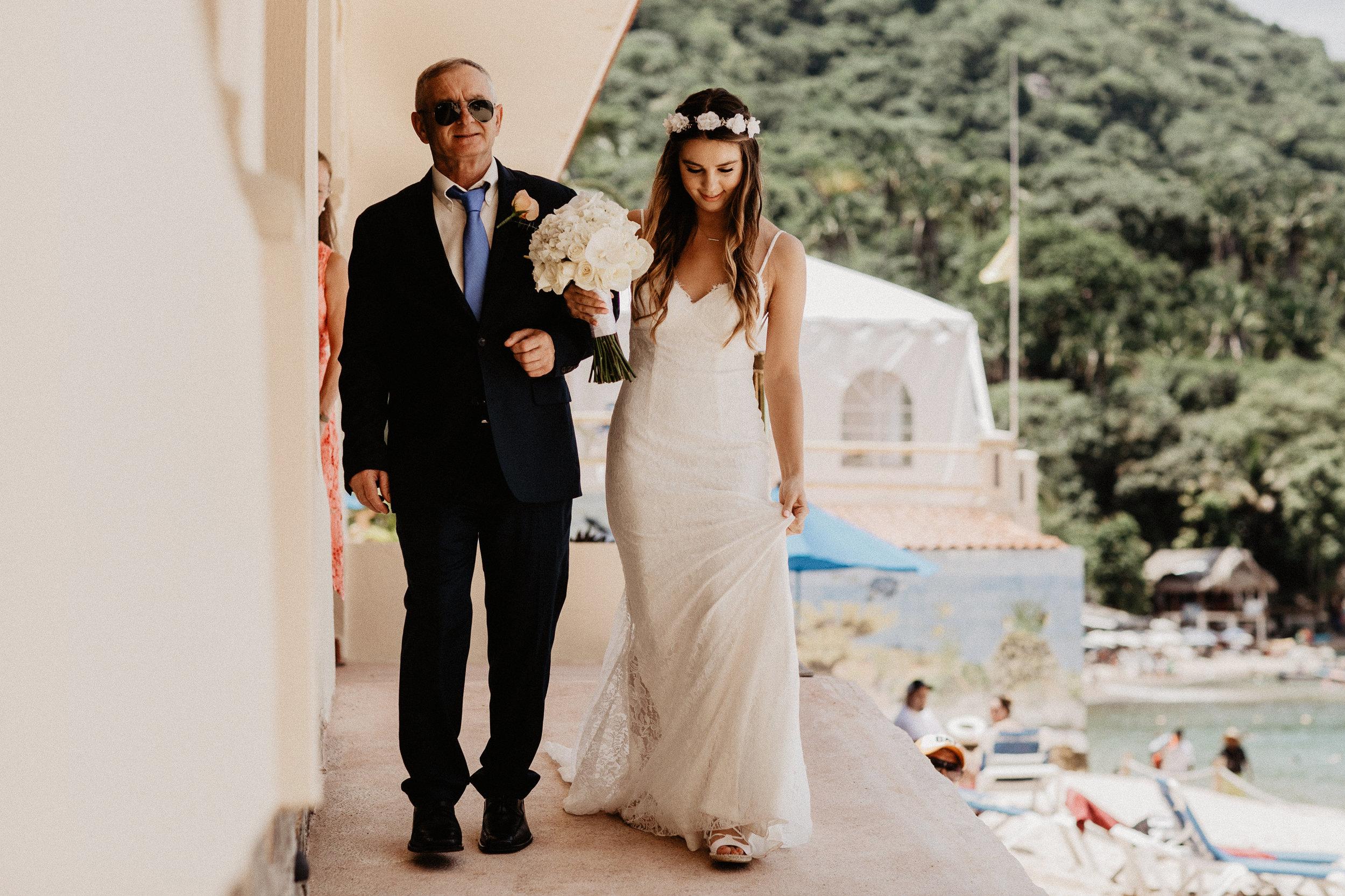 alfonso_flores_destination_wedding_photography_puerto_vallarta_hotel_barcelo_vallarta_cuttler_amela-213.JPG