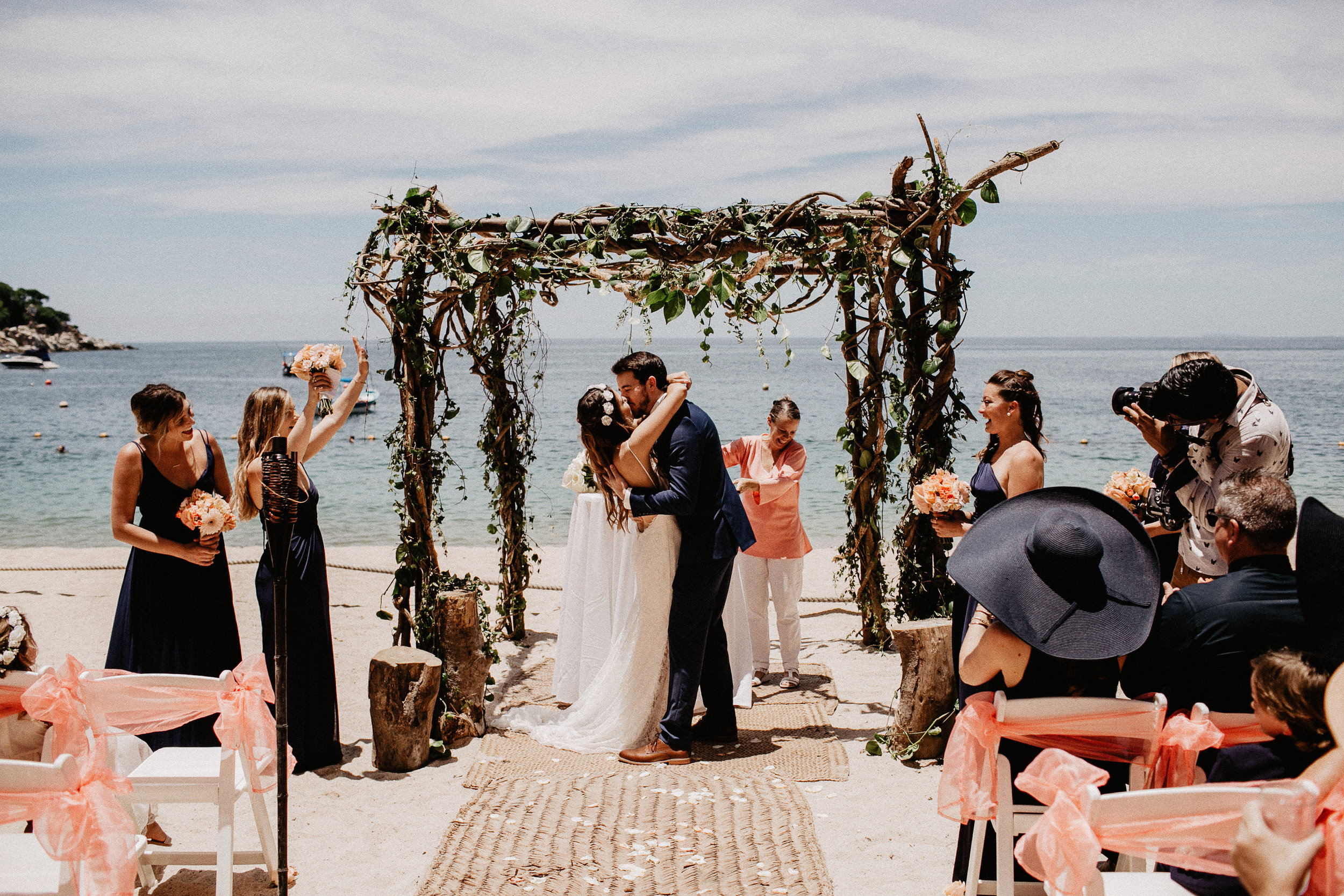 alfonso_flores_destination_wedding_photography_puerto_vallarta_hotel_barcelo_vallarta_cuttler_amela-256.JPG