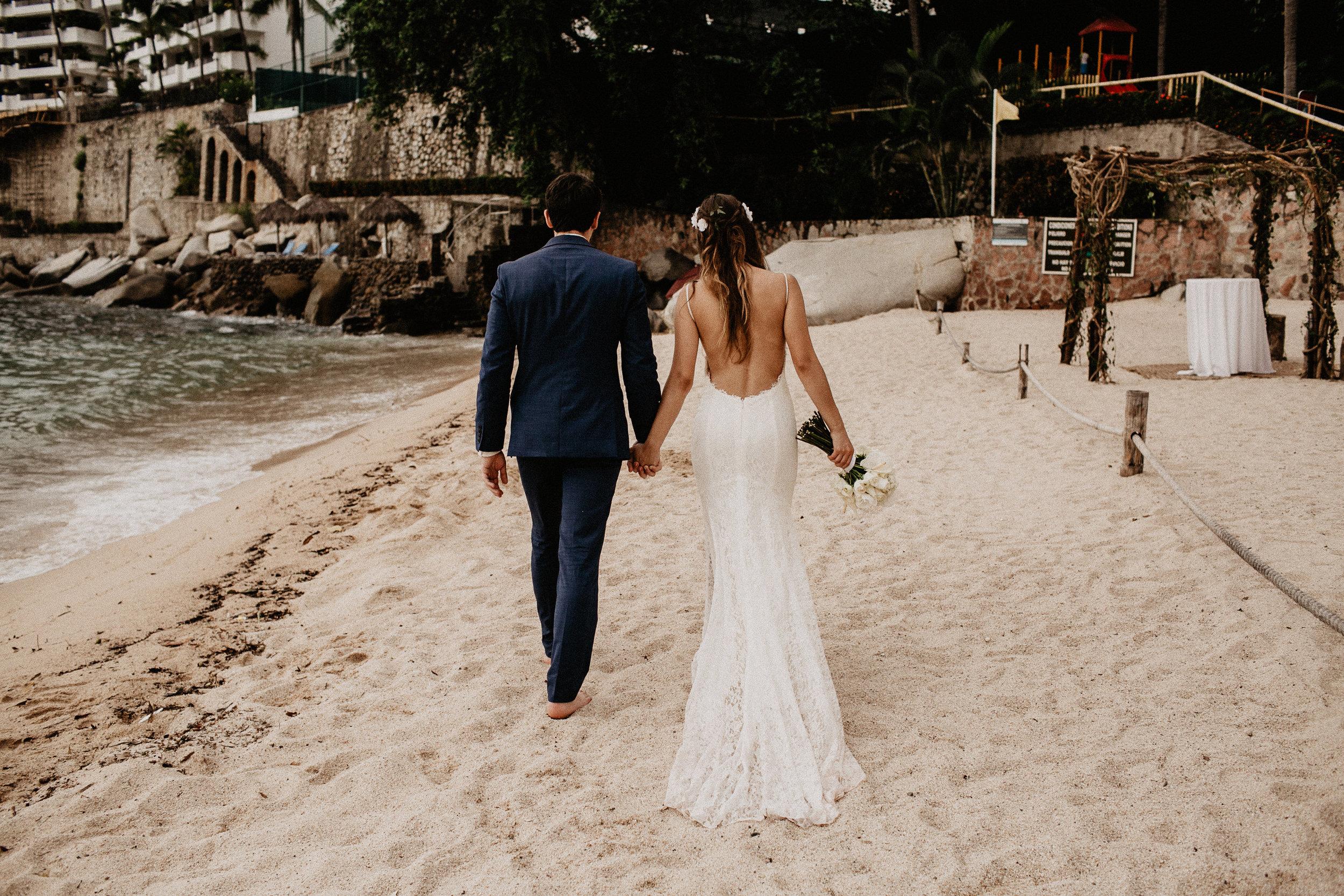 alfonso_flores_destination_wedding_photography_puerto_vallarta_hotel_barcelo_vallarta_cuttler_amela-673.JPG