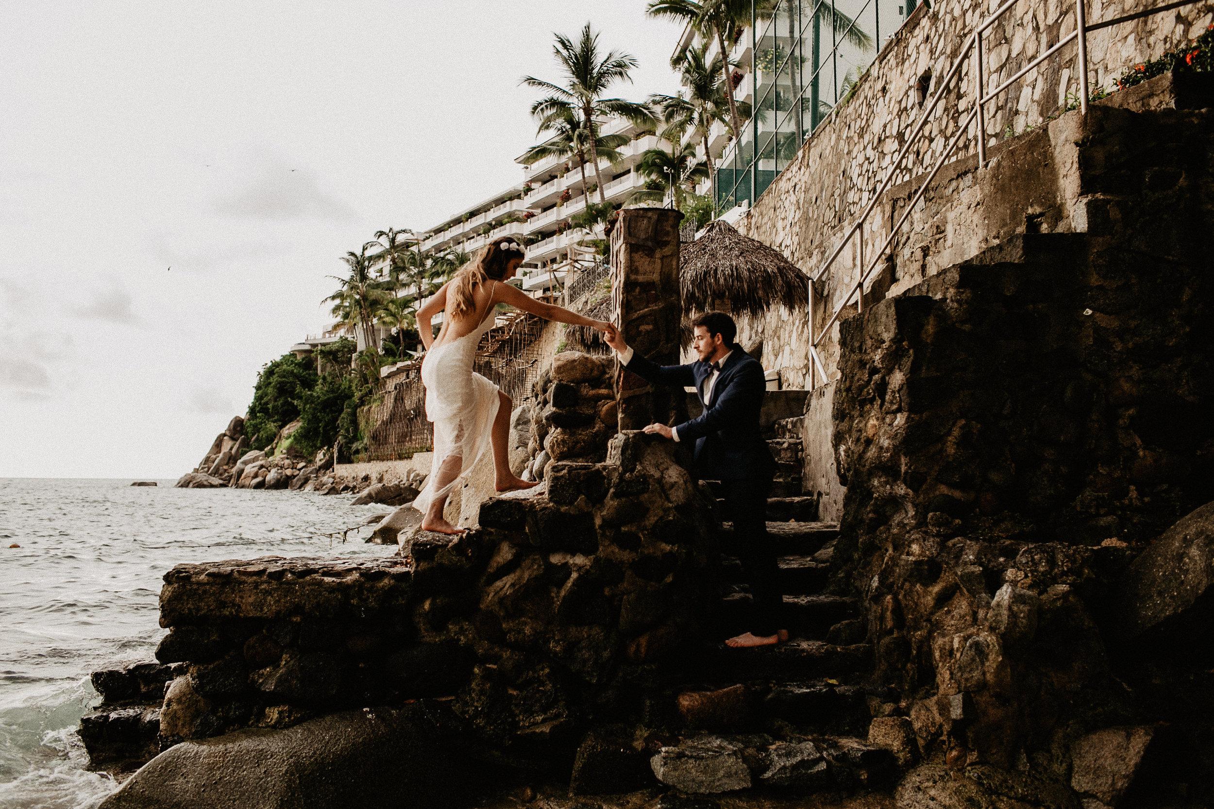 alfonso_flores_destination_wedding_photography_puerto_vallarta_hotel_barcelo_vallarta_cuttler_amela-751.JPG