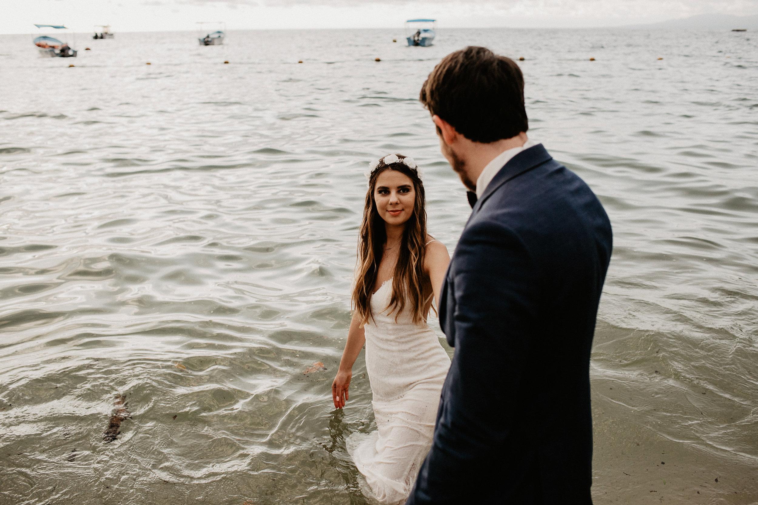 alfonso_flores_destination_wedding_photography_puerto_vallarta_hotel_barcelo_vallarta_cuttler_amela-767.JPG
