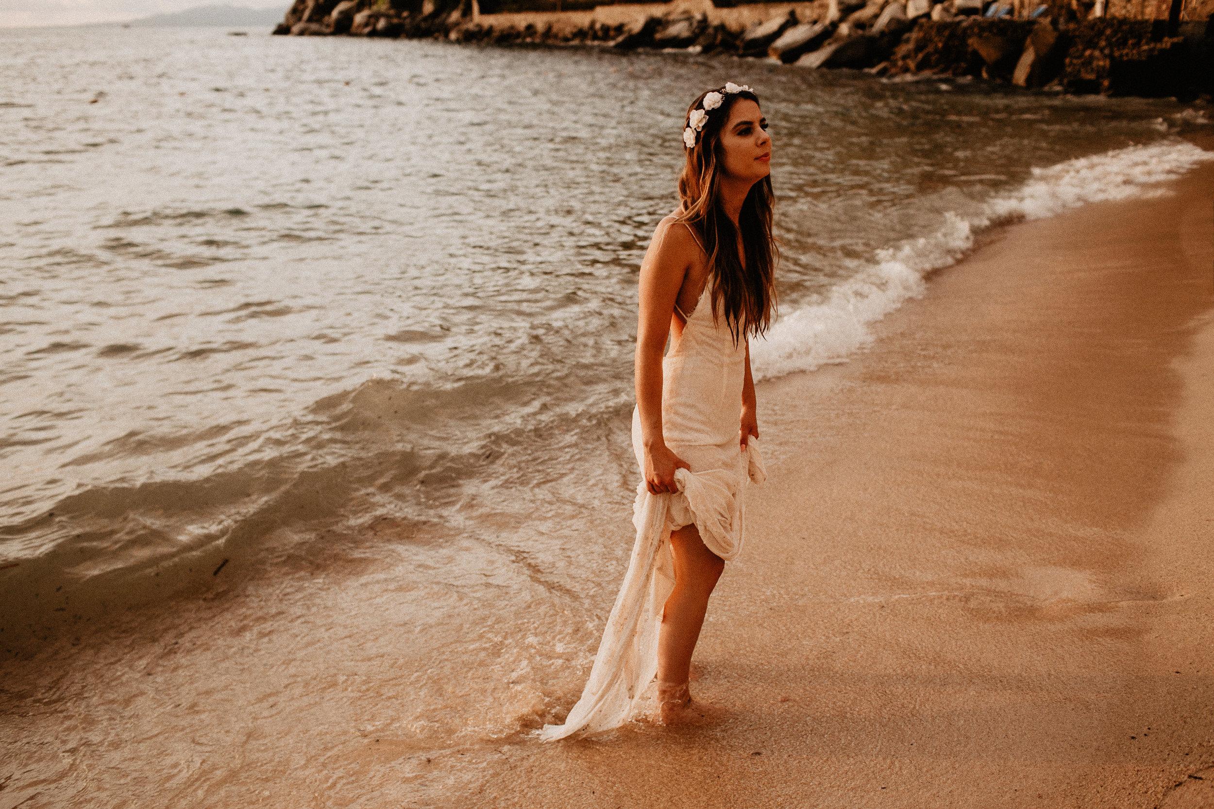 alfonso_flores_destination_wedding_photography_puerto_vallarta_hotel_barcelo_vallarta_cuttler_amela-816.JPG