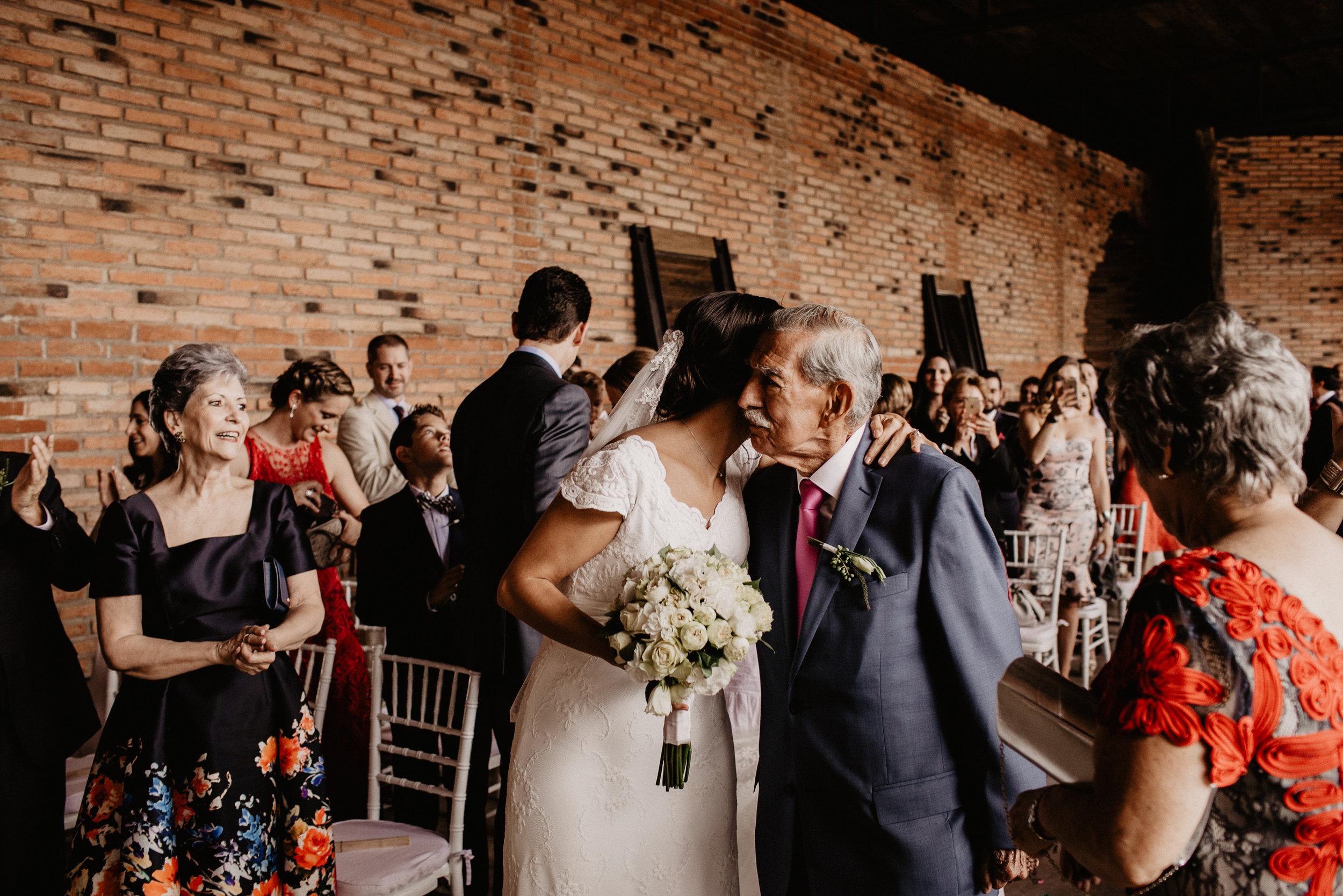 alfonso_flores_destination_wedding_photographer_pau_alonso_371.JPG