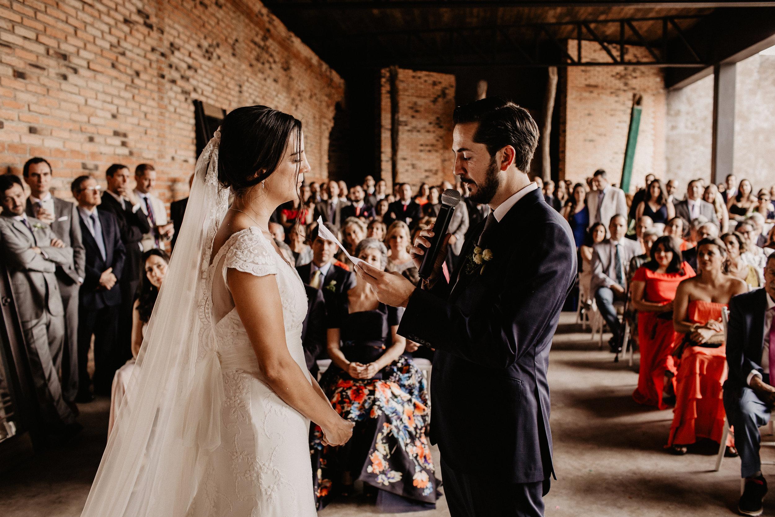 alfonso_flores_destination_wedding_photographer_pau_alonso_650.JPG