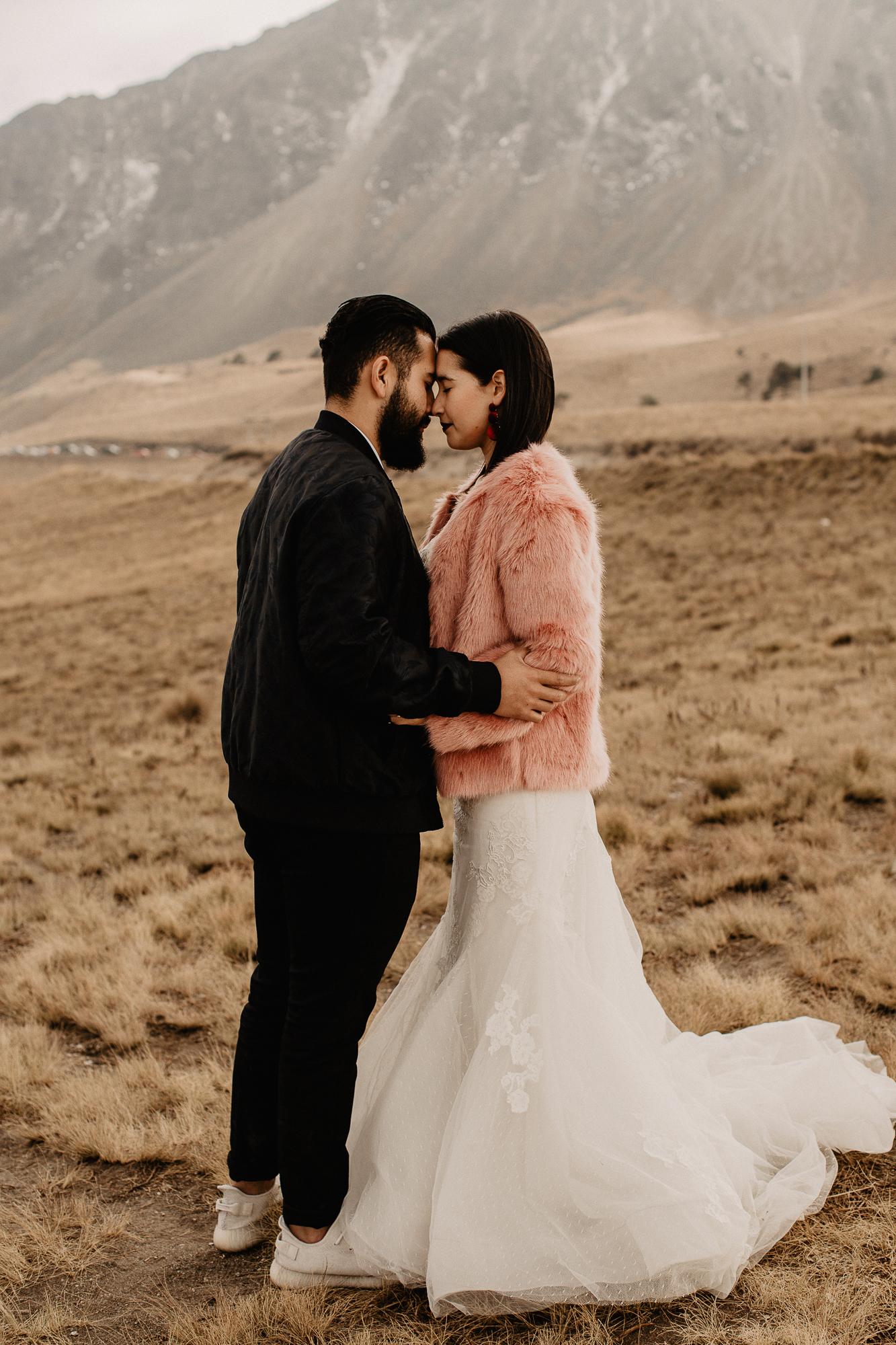 alfonso-flores-fotografo-de-bodas-nevado-de-toluca-sesion-de-pareja91.jpg