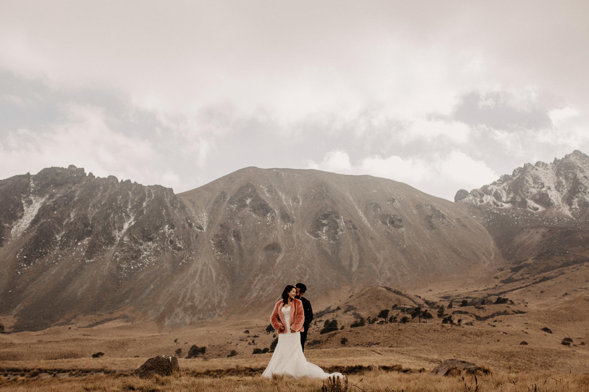 alfonso-flores-fotografo-de-bodas-nevado-de-toluca-sesion-de-pareja95.jpg