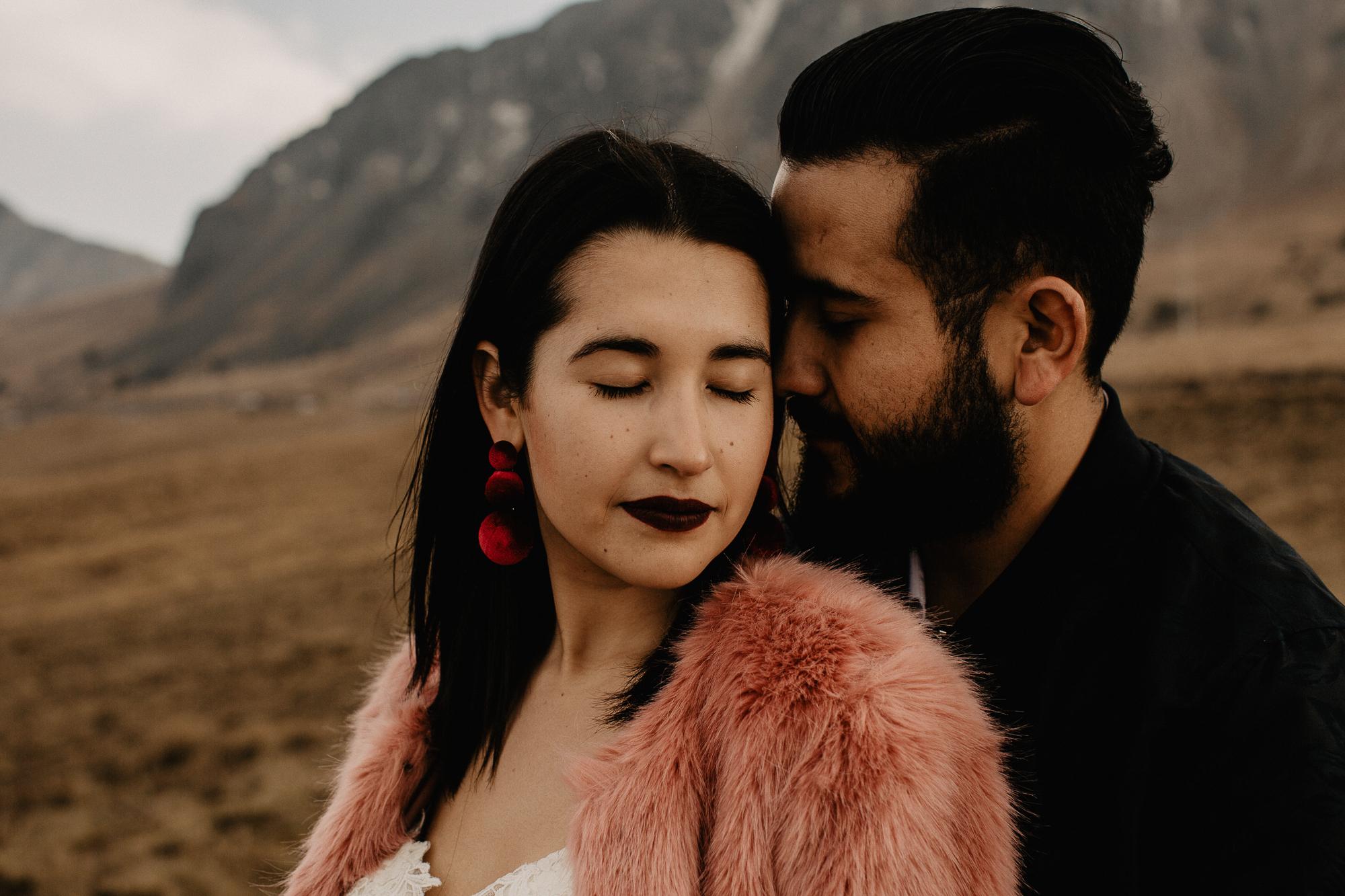alfonso-flores-fotografo-de-bodas-nevado-de-toluca-sesion-de-pareja98.jpg