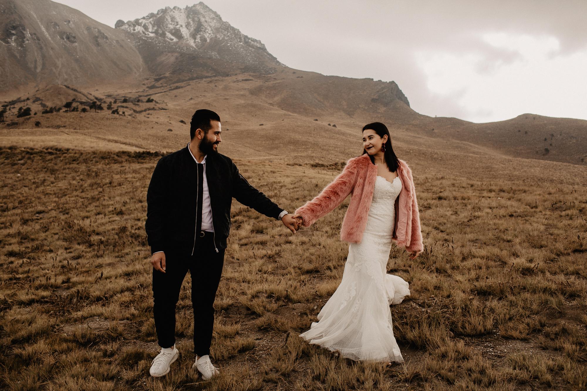 alfonso-flores-fotografo-de-bodas-nevado-de-toluca-sesion-de-pareja101.jpg