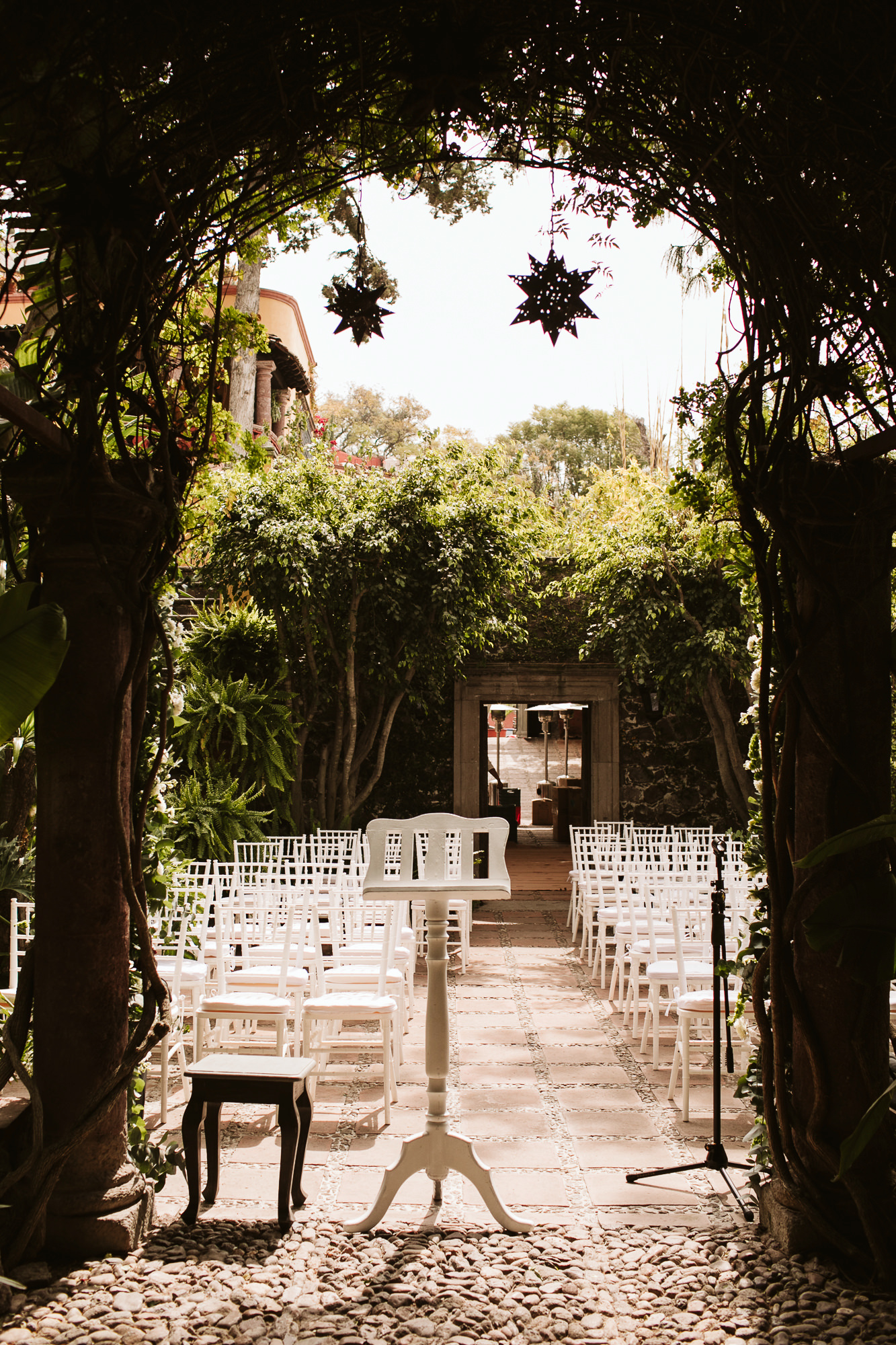 Destination-wedding-photographer-13.jpg