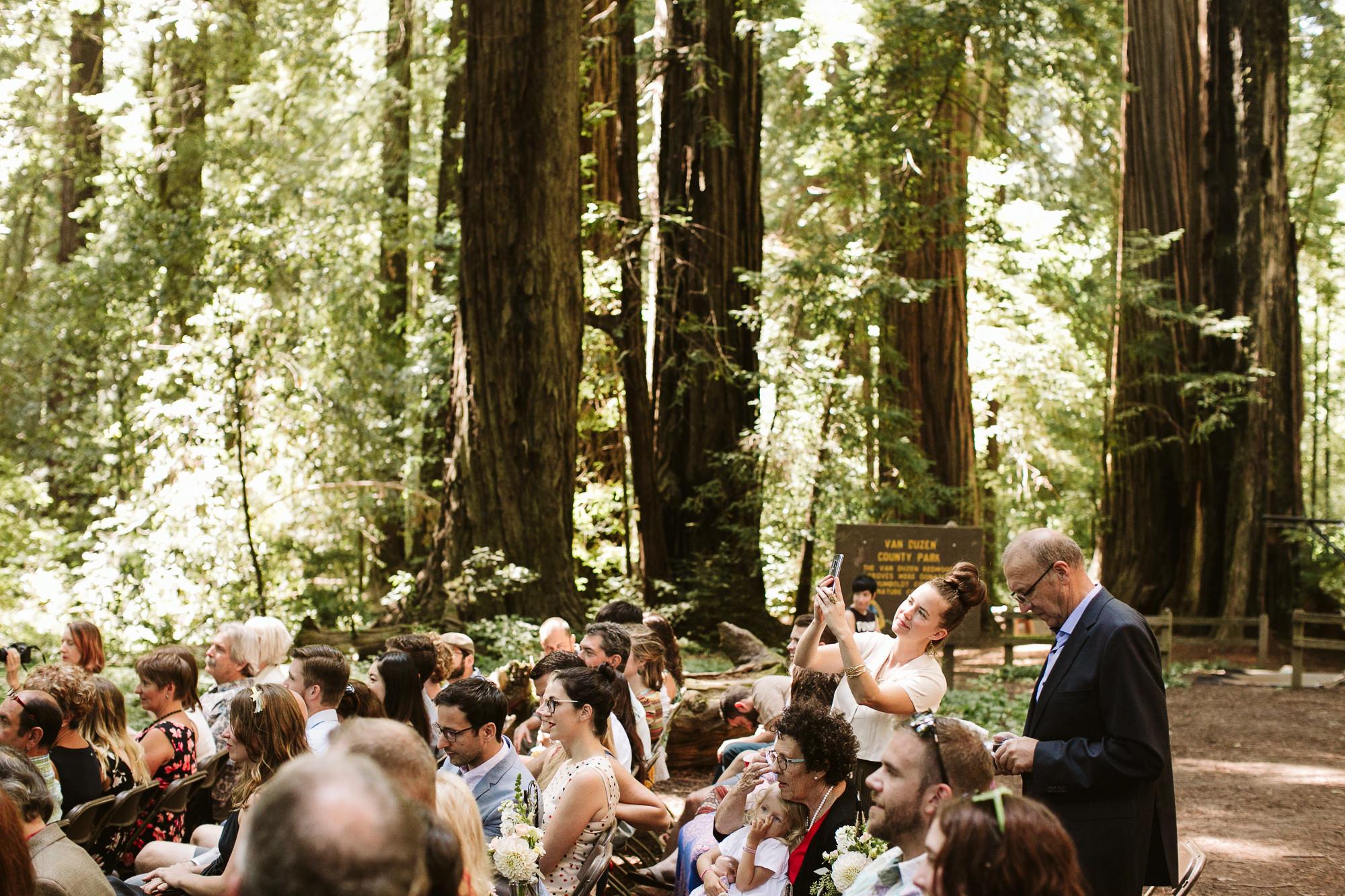 California-wedding-photographer-alfonso-flores-pamplin-groove-184.jpg