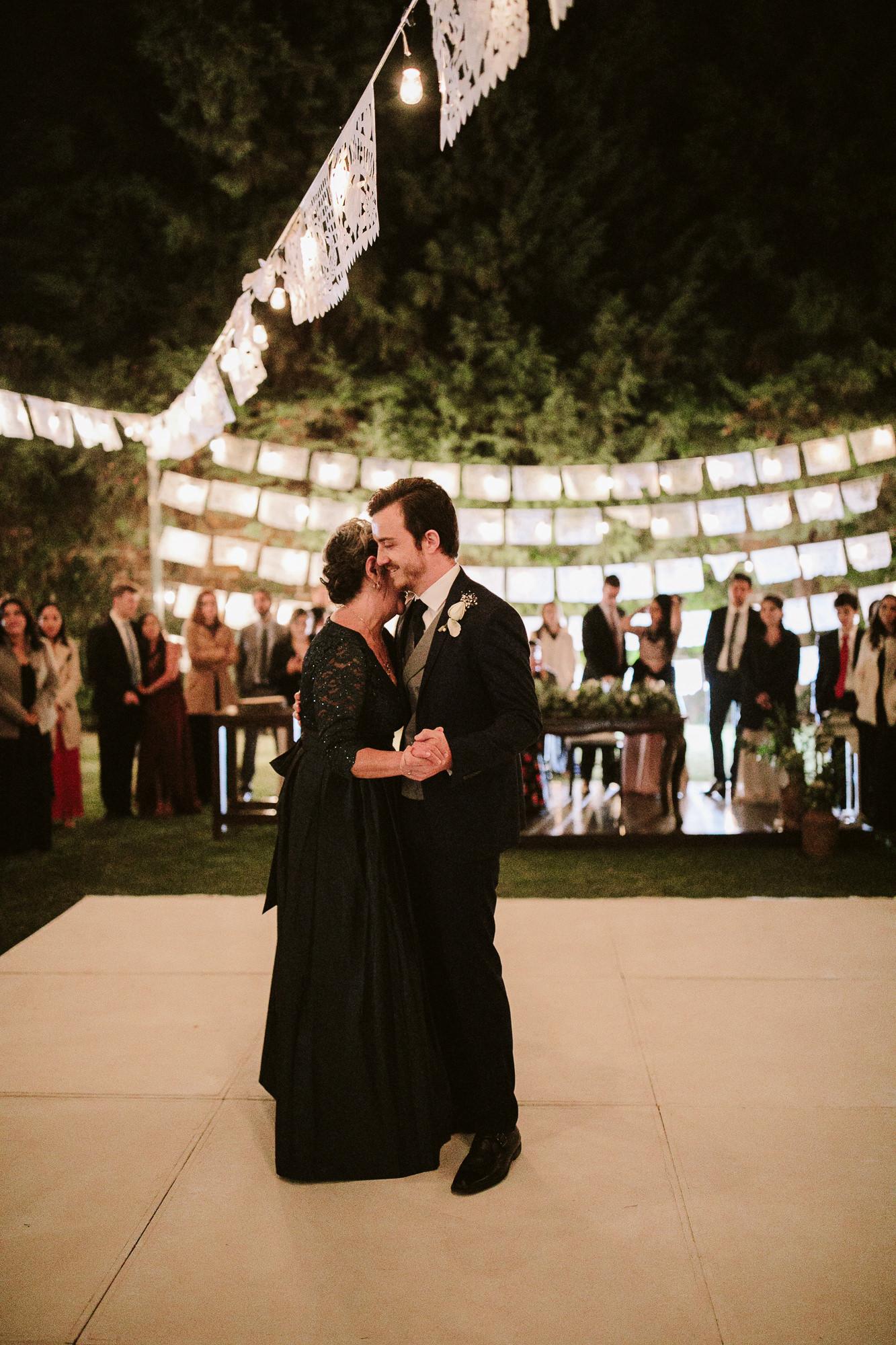 bodas_en_tepoztlan_casa_bugambilia_alfonso_flores_destination_wedding_photographer256.jpg
