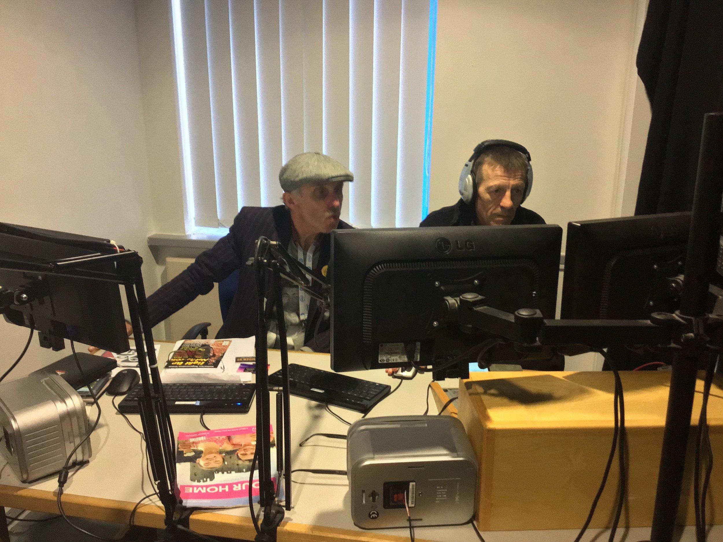 Radio 4.JPG