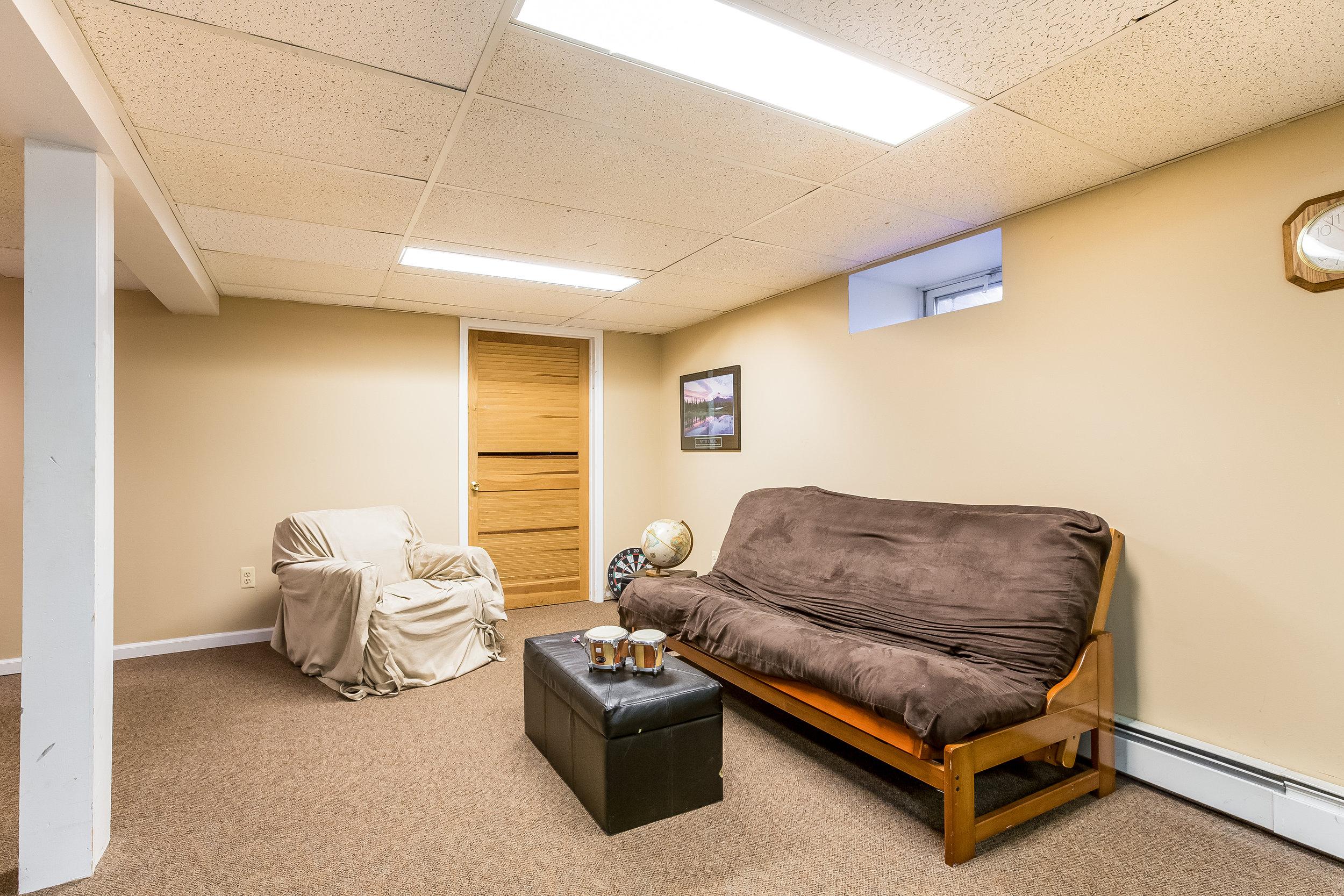 041-Recreation_Room-5002175-large.jpg