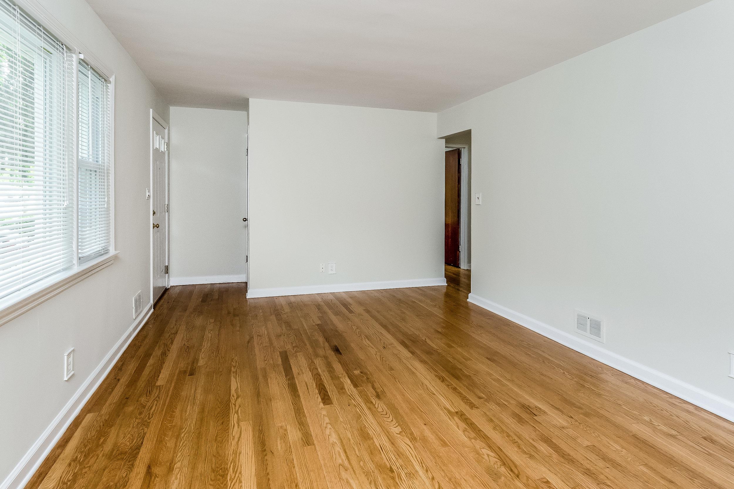 009-photo-living-room-5786546.jpg