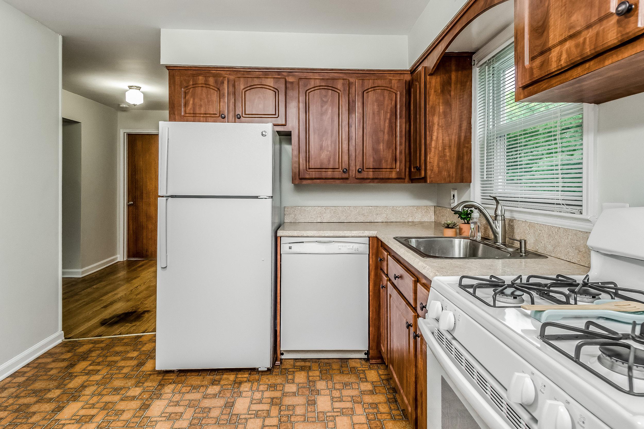 015-photo-kitchendining-room-5786538.jpg