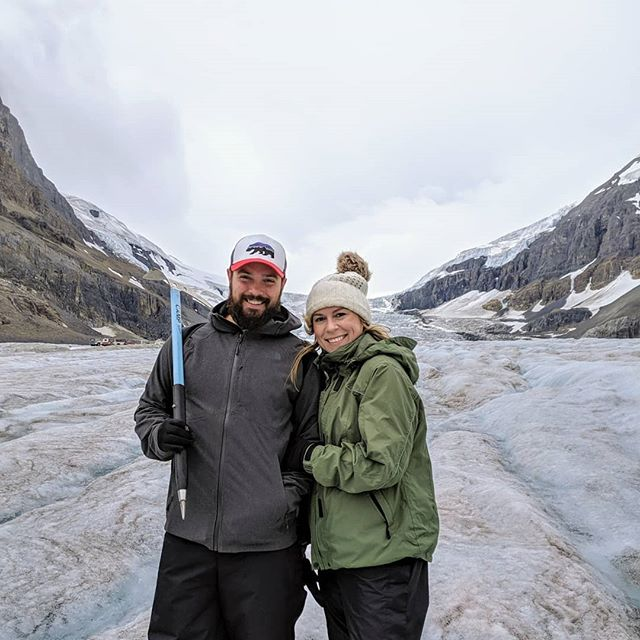 Today was one for the books 😍 we climbed our first glacier, were able to fill up our bottles and sip fresh H2O.  Such a breathtaking experience and can't believe this beauty won't be here in 70 years 😭 let's love on this Earth so we can enjoy it friends ♥️