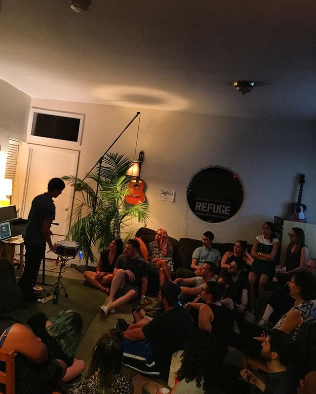 They told me go ahead switch the style up and when they hate let them hate and watch the money pile up. Trying a diff configuration tonight for @sofarnyc. We are enjoying some great music here tonight, please @ us!