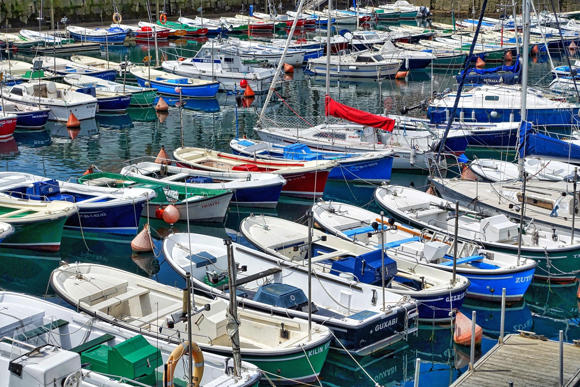 boats-1199112_1920.jpg