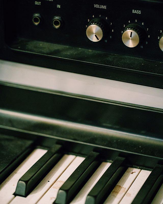 Some equipment shots @echozoostudios with @susielopezmusicpage #keys #synth #sonya7rii #a7rii #100mm #canon #mycanon #vsco #metabones #music