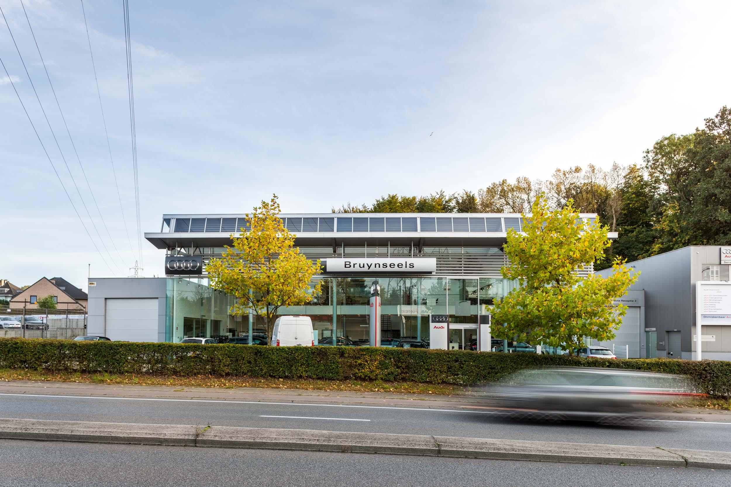 Bruynseels showroom shot for OSK-AR architecten