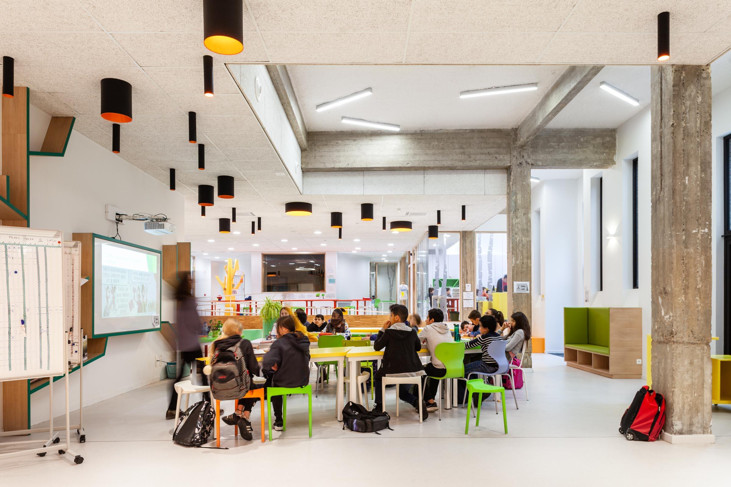 SCHEUT - school by OSK-AR architecten