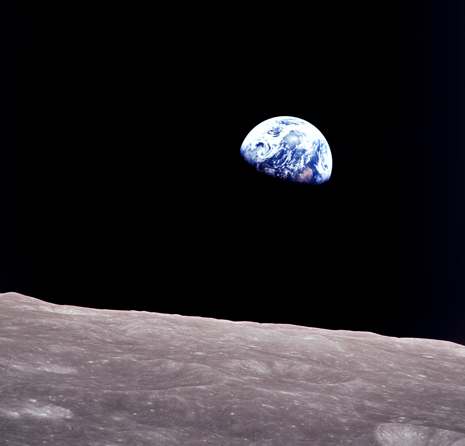 apollo08_earthrise.jpg