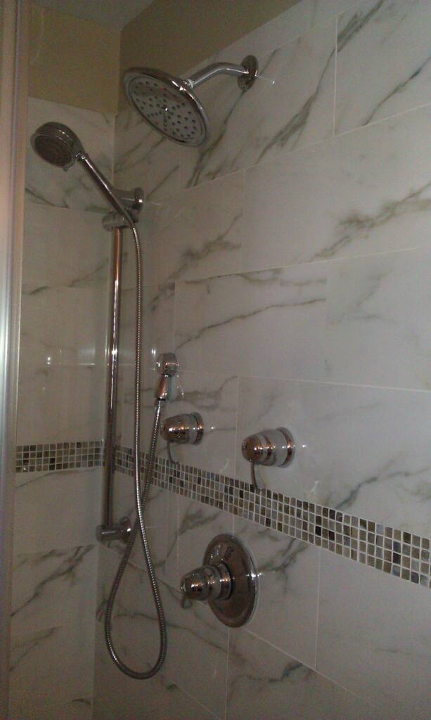 cvisions_bathroom_remodel25.JPG