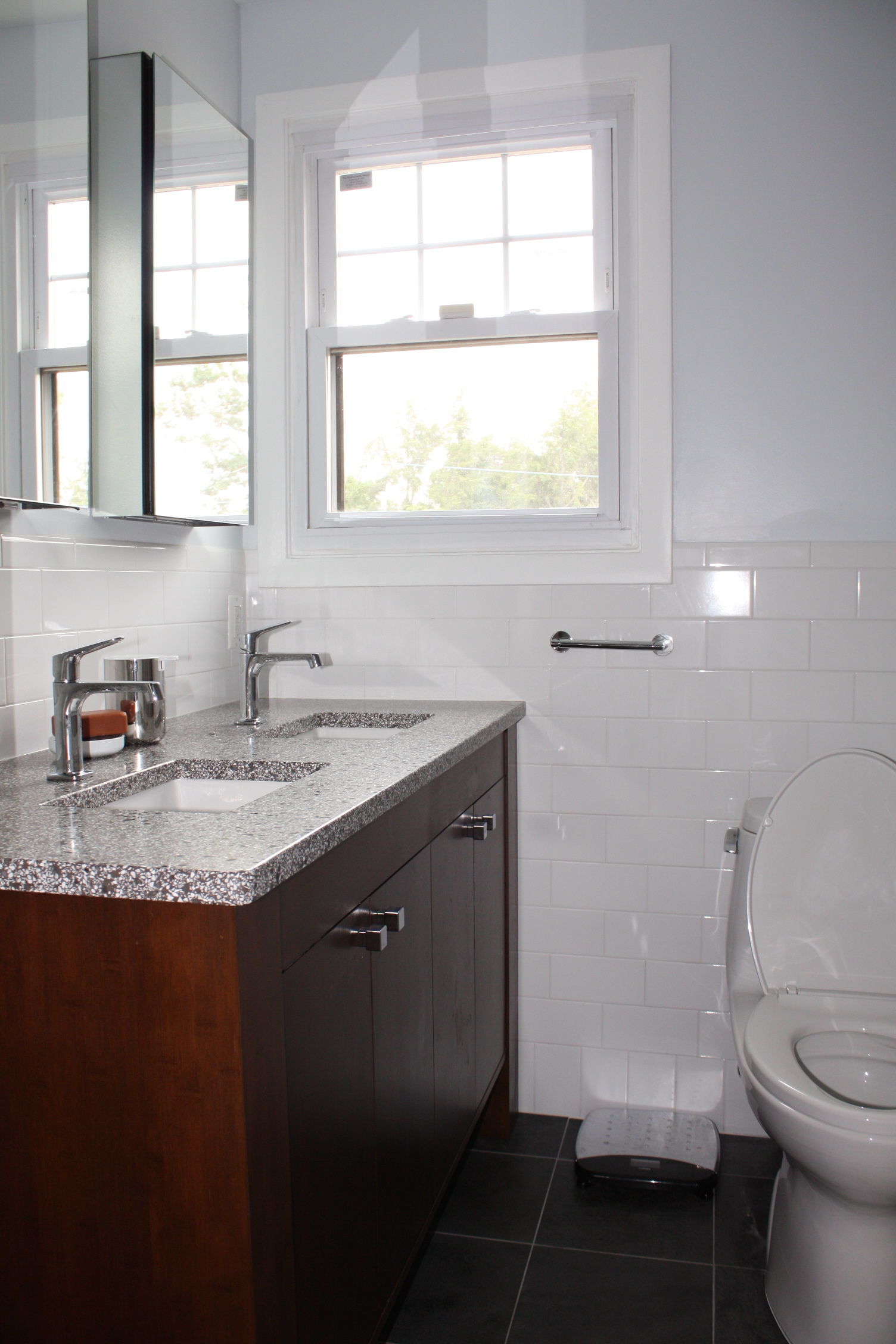 cvisions_bathroom_remodel11.JPG