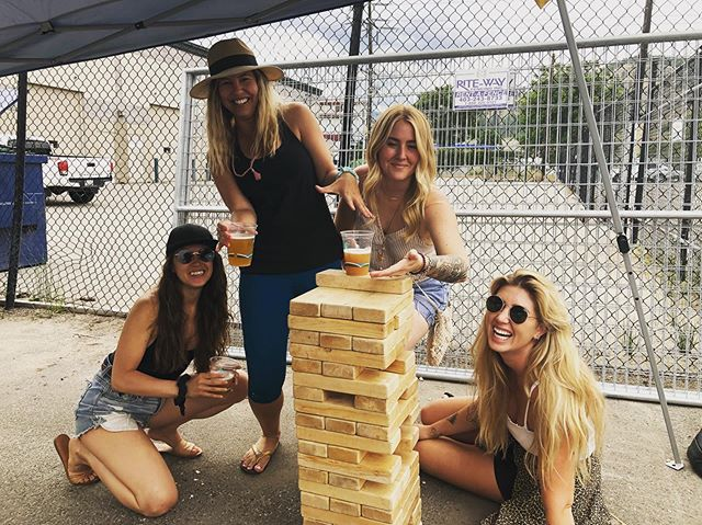 Such a fun, spontaneous, soul filling day spent with these gorgeous ones. Belly laughs, deep convos, bike rides, beer, yoga + live music. I'm so blessed to be surrounded by so many strong, supportive women who remind me daily to stay light, be real + to not take it all so seriously. .👯‍♀️👯‍♀️ . #girlgang #rideordie #loveyou #sisterhood #belight